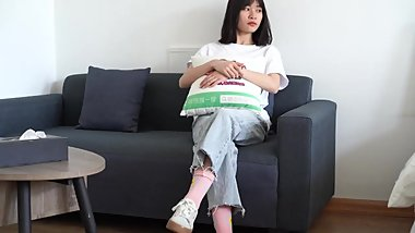 Asian girls shows socks and barefeet