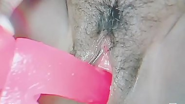 Playing with my dildo !! Look at how it spreads me!