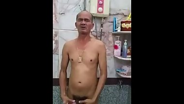 ASIAN OLD MAN SHOWER1