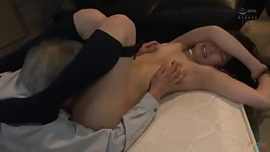 Asian couple gets kinky when playing games719