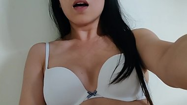 Horny asian wet pussy play