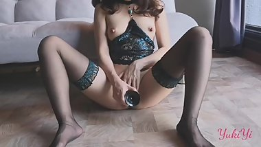 Naughty Asian Chinese plays black dildo - YukiYi